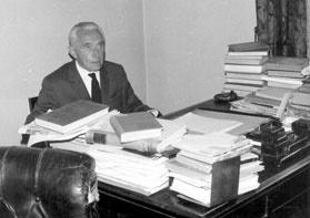 Sl. 9. Prim. dr Milan Nikolić, 1896-1974.